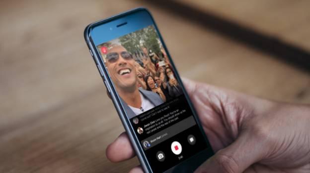Arrivano anche su Facebook le dirette streaming alla Periscope
