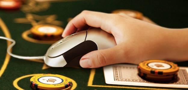 Casino online, poker e scommesse: l'evoluzione del gioco che genera miliardi di euro