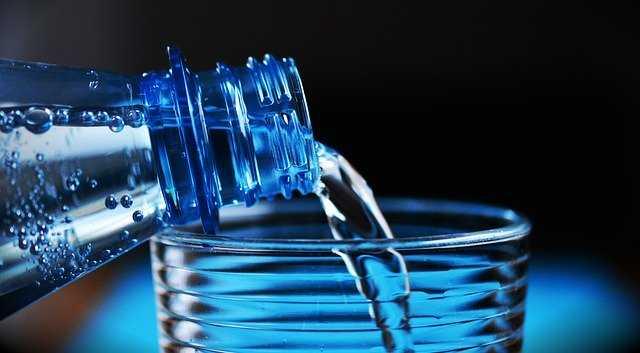 Una corretta idratazione per eliminare lo stress e combattere l'insonnia