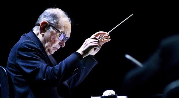 Addio a Ennio Morricone, il grande maestro della musica premio Oscar